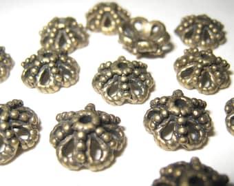 20 pcs Antiqued brass bead caps  (CAP-003)