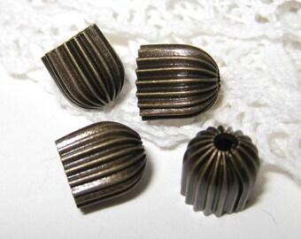20 pcs -11mm - Vintage brass bead caps (Cap-038)