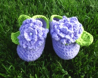 Baby Flower Booties lavender green trim
