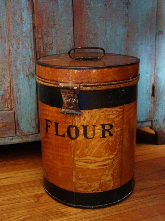 Old Farmhouse Kitchen Large Metal Flour Bin