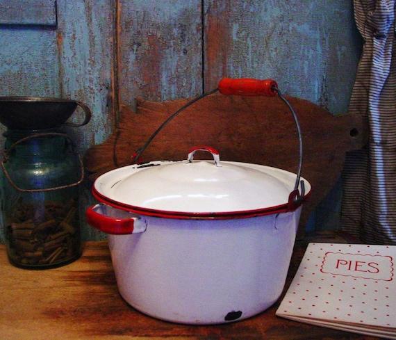 Vintage Farmhouse Kitchen Old Red & White by prairieantiques
