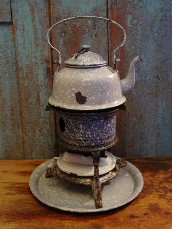 c. 1900 GEORG HALLER STOVE WITH GRANITEWARE TEAPOT GERMANY