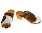 Classic Cowhide Clog  (brown white)