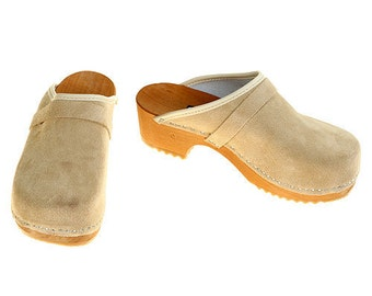 Suede Leather Clogs beige