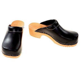 Clogs black with pad