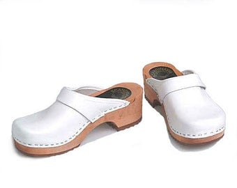 Clogs white