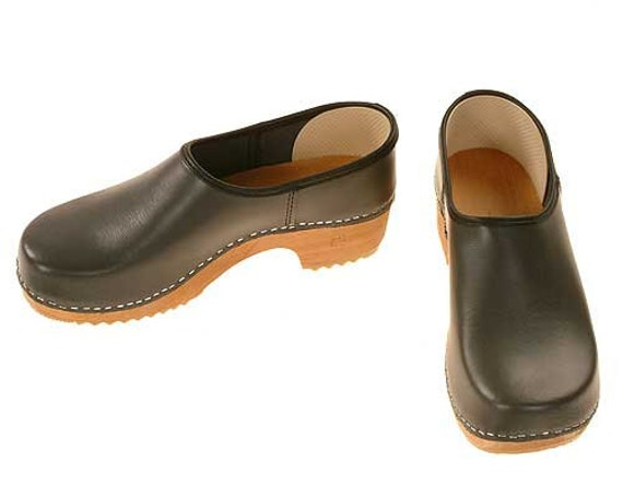 Closed Clog grey