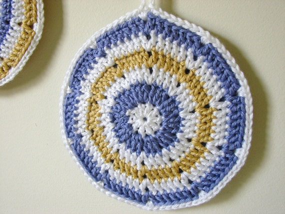 Round Pot Holders Vintage Inspired Trivets Crocheted Hot Pads, Choose Your Colors, MADE TO ORDER, Kitchen Decor