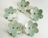 5 Button Flowers in Light Blue - Gres Buttons