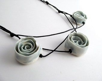 Three sky-blue  Porcelain Roses a Fresh Necklace from Italy