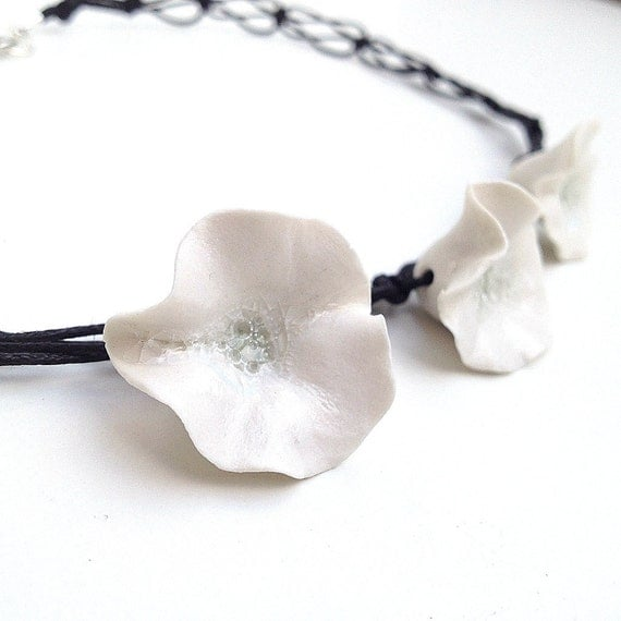 Three little White Porcelain Flowers Necklace with black lace