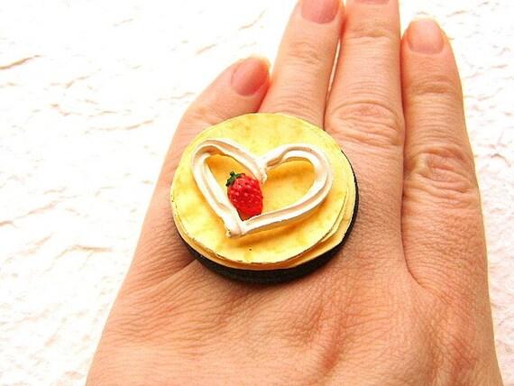 Kawaii Cute Japanese Food Ring Strawberry Crepe By