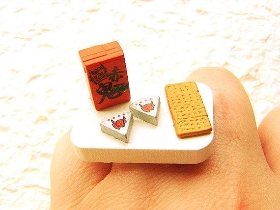 Japanese Ring Sake  Cheese Cracker Miniature Food Ring SALE