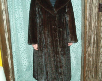 Vintage Mahogany Mink Coat With Appraisal - More than 75% off Appraised Price   (Item 14)