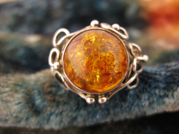 Size 7 Vintage Amber Sterling Silver Ring