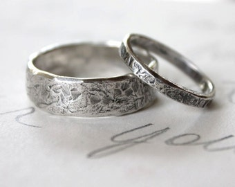 rustic wedding band ring set . custom recycled silver wedding rings . engraved inscription . river rock wedding rings