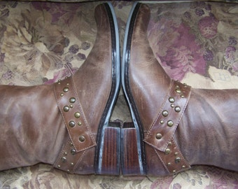Leather boots, Brown Boots, Belted Boots, Brazil Naturalizers size 7 m