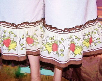Bloomers, Ruffled bloomer, Pantaloons, Strawberry garden ruffles, size m / L