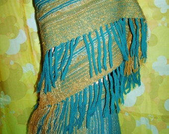 Fringe shawl & skirt, 70s wearable Art, size m, Hand woven wrap yourself in cozy wool