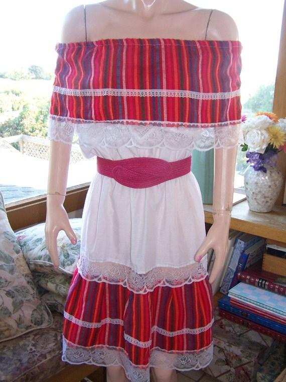 OFF shoulder SUN Dress Mexican Peasant Dress size S / M