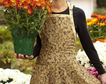 Everyday Flair Harvest Gold Apron -- Tan and Chocolate Brown