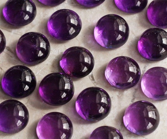 ONE Deep Purple Round Amethyst Cabochon - 8mm