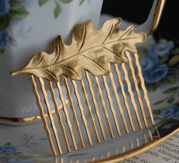 Gold Oak Leaf Hair Comb