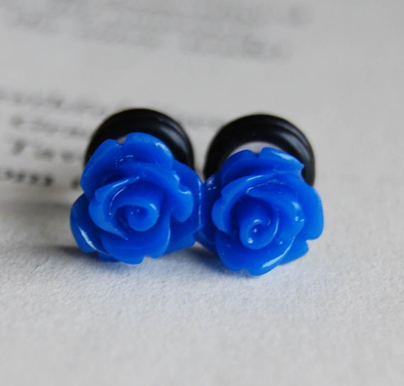 2g (6mm) Royal Blue Rose Flower Plugs- for stretched ears