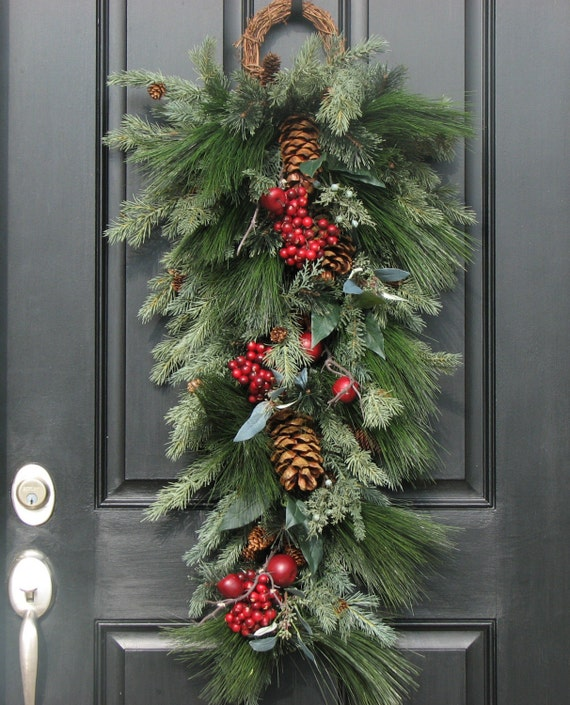 Decorating Wreaths: Christmas Wreaths Holiday Decor Wreaths Swags By Twoinspireyou