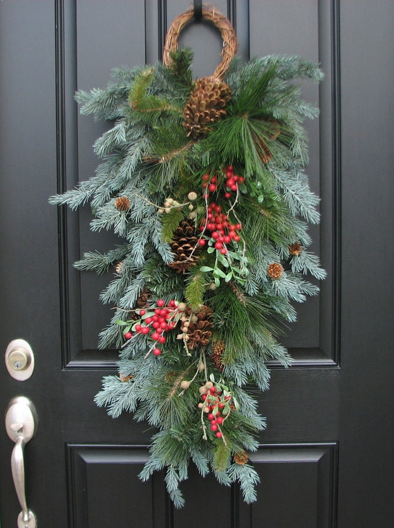 Christmas swag wreath a winter gatherings swag by for Christmas swags and garlands to make