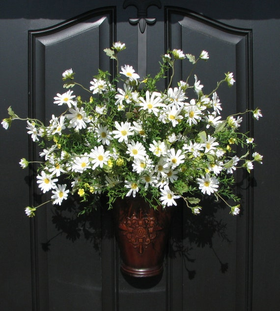 Front Door Baskets: Spring Outdoor Wreath Spring Daisy Basket By Twoinspireyou
