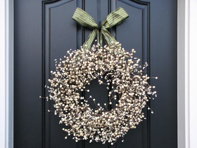 recipe: cream berry wreath [35]
