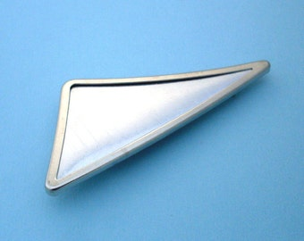 Silver Triangular Pin Setting Frame Mounting 107ST