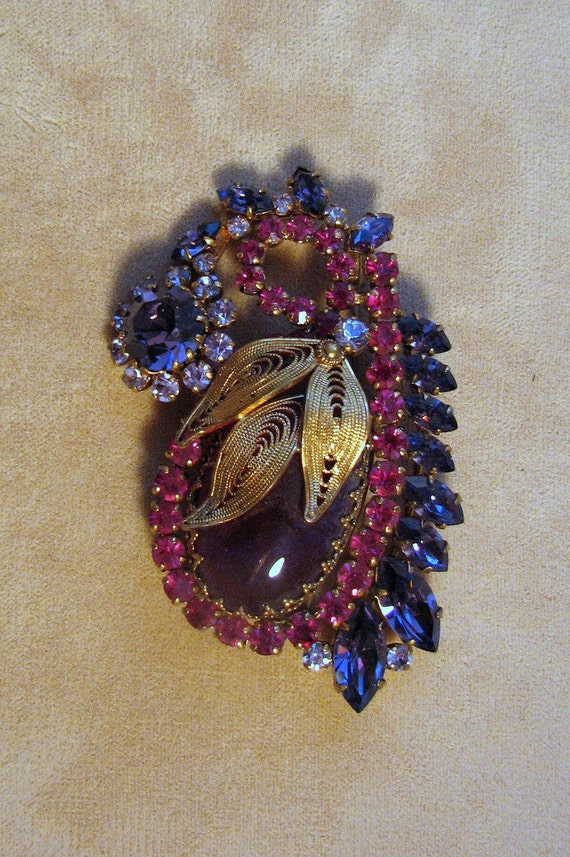 Extraordinary Vintage Brooch in Pink and Purple Austrian Crystal