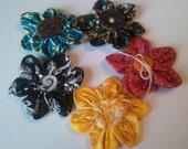 5 piece variety fabric flower embellishments