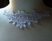 3 Lace Flower Appliques in White Venice Lace for Jewelry Supply, Bridal SWA 456