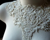 IVORY Lace Applique Old Stock in Venise Lace for Jewelry Supply, Altered Clothing, Sewing, Costume Design IA 748