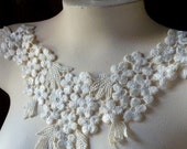 Lace Applique in Ivory Venise Lace for Lace Jewelry, Bridal, Garters, Altered Clothing, Sewing, Costume Design IA 602