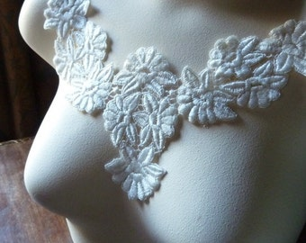 Ivory Lace Applique in Venise Lace for Bridal, Garters, Garments, Costume Design IA 217