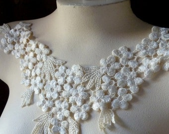 Ivory Lace Applique in Venise Lace for Bridal, Garments, Costume Design IA 602