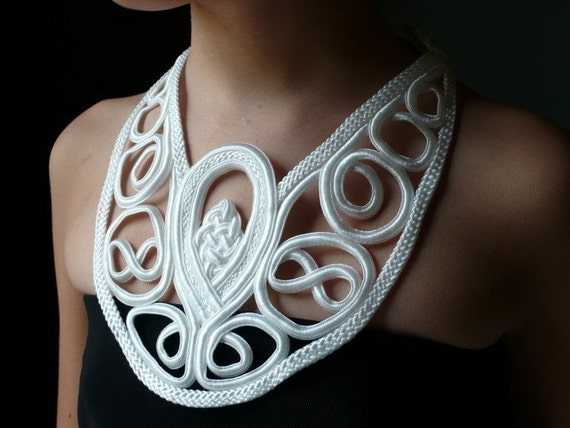 Old Stock White Asian Inspired Collar Applique for Altered Couture, Costume or Jewelry Design