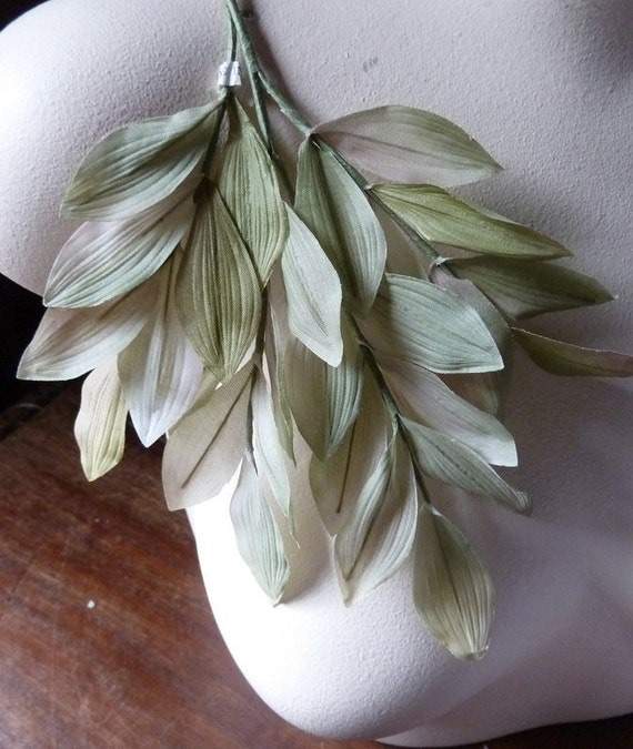 Silk  Millinery Leaves Vintage Japanese in Green & Beige for Bridal, Boutonnieres,  Millinery Design, Floral Supply, Crafts ML 132
