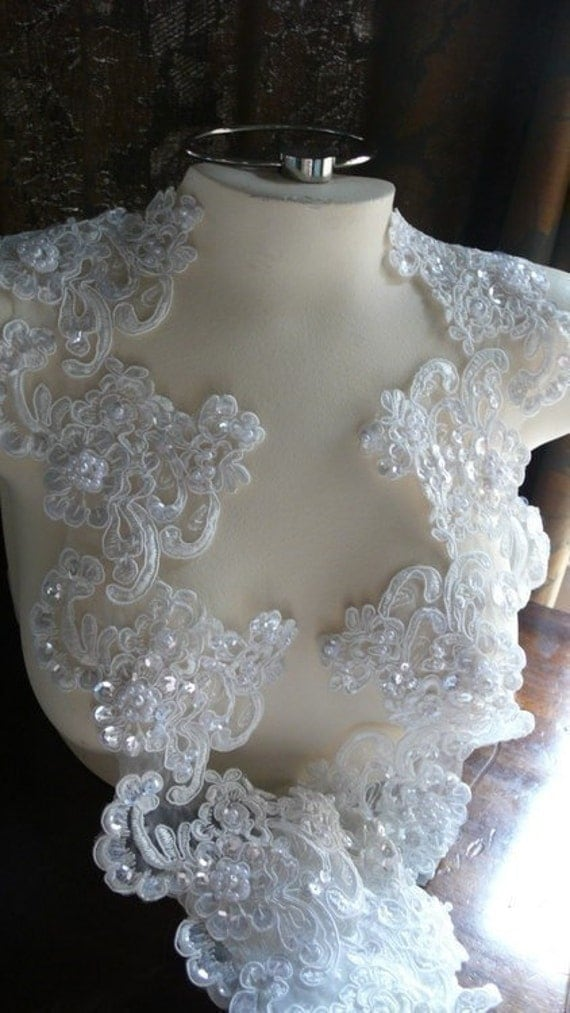 REMNANT Beaded Alencon Lace Appliques Glorious Trim in Cream for Bridal, Headpieces, Applique BRI 20