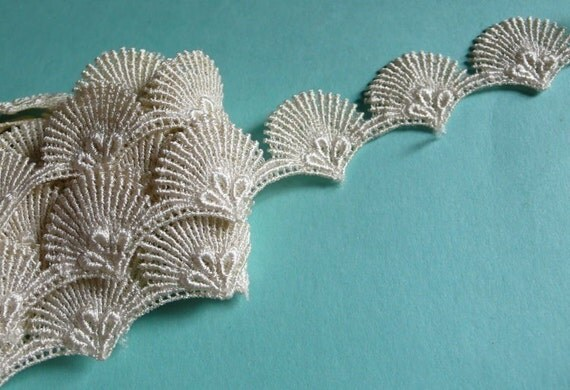 Lace Shell Trim in Ivory Venise Lace for Altered Art or Couture, Costume or Jewelry Design, Home Decor TR 100