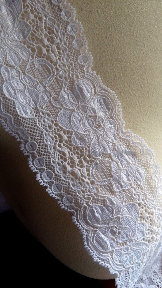 Medium Width Stretch Lace in Creamy Two Tone White for Headbands, Altered Couture, Lingerie Design STR 2052