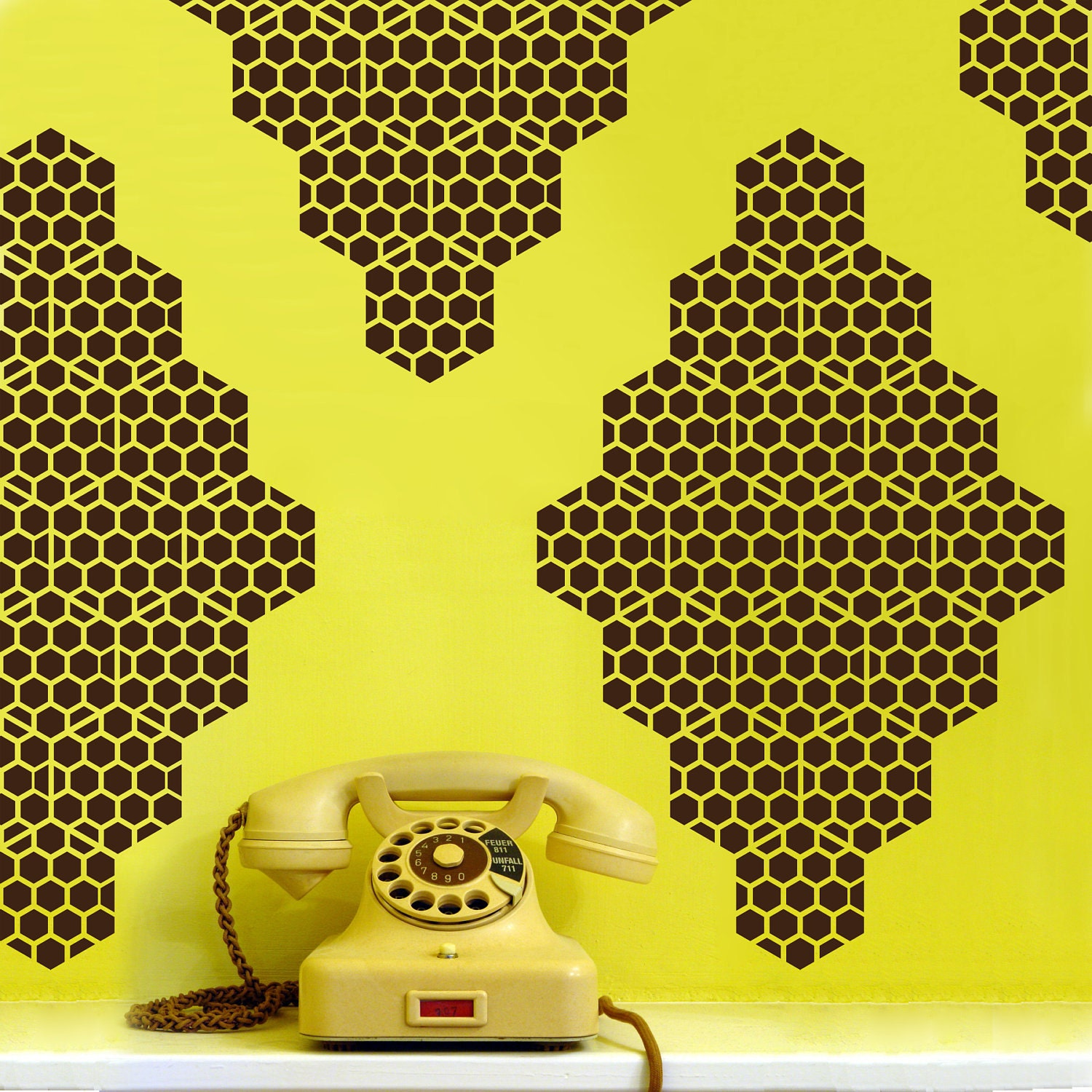 Honey bee diamonds vinyl wall decals 10 graphics vinyl wall for Bumble bee mural
