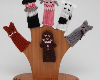 Gingerbread Man Finger Puppet Set  (Includes Gingerbread Man, Fox, Old Man, Old Woman, Cow, and Cat.)  We can create custom orders.