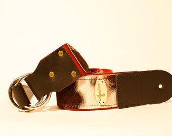 Adjustable leather guitar strap in COW   **FREE MONOGRAMMING**