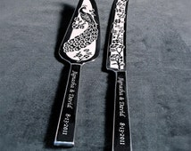Personalized Wedding Cake Server and Knife Engraved Peacock Motif, Table Settings for Peacock Themed Wedding