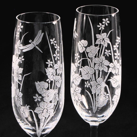2 Wedding Champagne Flutes, Tropical Flowers and Dragonfly, Personalized for Destination Wedding Gift for Couple